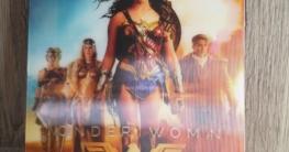 Wonder Woman Lenticular Full Slip